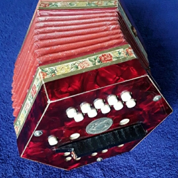 Collectible 1940s Concertina by Schoeler
